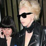 ליידי גאגא והעוזרת אישית שלה לשעבר בדרך למשפט/נטע-לי שיטה